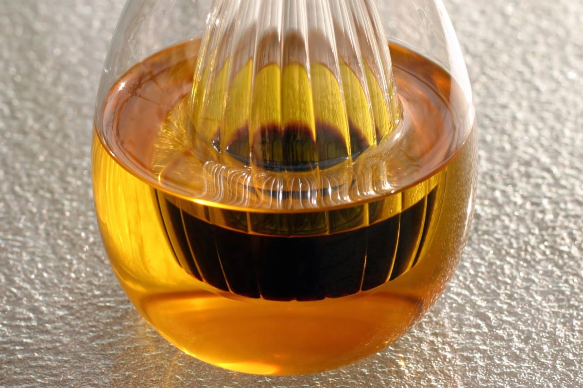Four essential oils to treat acid reflux